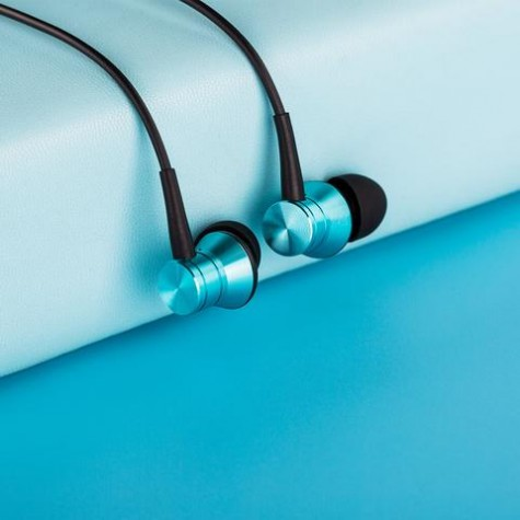 1More Piston Fit In-Ear Headphones Teal