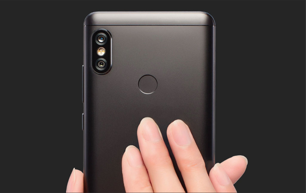 Metal body makes it smooth and durable at the same time. The device feels quite light in a hand. As usual for ...