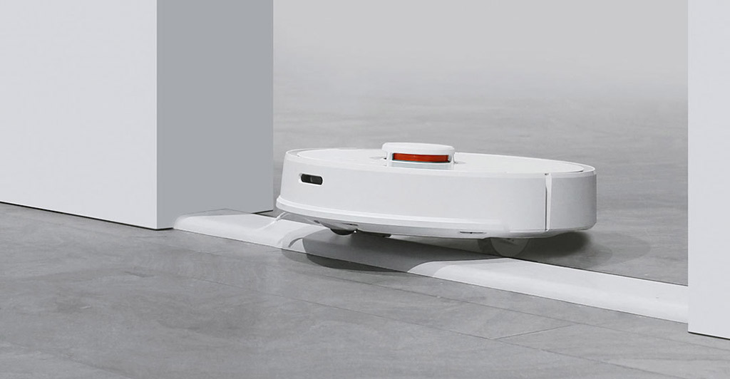 MiJia  Robot Vacuum Cleaner moving