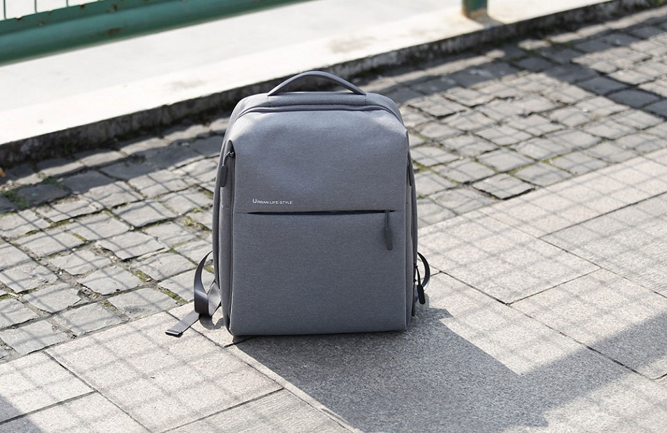 Features  Telemart offers you the best Xiaomi Mi Minimalist Urban Backpack  Light Gray ... a5329d6914c57